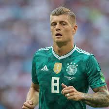 Toni Kroos Cargó Contra Mesut Özil Por Su Renuncia A La