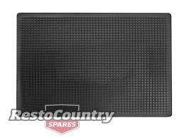 100 Truck Floor Mat Universal Rubber QUALITY 445mm X 598mm Car 4x4