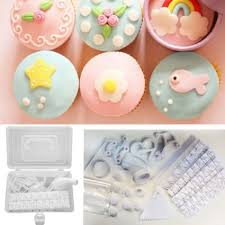 100 Piece Plastic Cake Decorating Tips Kit DIY With Storage Box