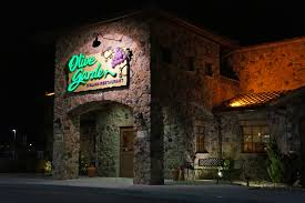Idiot Finishes Serving His Seven Week Olive Garden Pasta Pass Sentence