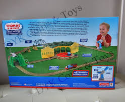 Tidmouth Sheds Trackmaster Toys R Us by 12 Best Thomas Stuff Images On Pinterest Fisher Price Tomy And