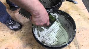 Acrylpro Ceramic Tile Adhesive by How To Apply Thinset Tile Installation Video The Tile Shop