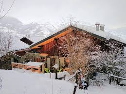 bed and breakfast hotes ferme blanche montalbert booking com