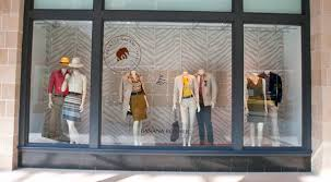 Safeguard Displays From Harmful UV Rays With Window Tinting