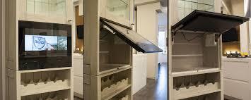 tv dans cuisine tv miroir wemoove de 19 à 55 pouces avcesar com
