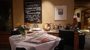 sauerbraten klöße und rotkohl picture of restaurant cafe