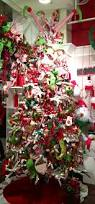 Whoville Christmas Tree Decorations by 415 Best Christmas Trees Wreath U0026 Floral Ideas Images On