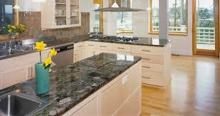reinigung und schutz arbeitsplatten aus poliertem marmor