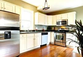 revetement pour meuble de cuisine revetement pour meuble de cuisine poser un papier adhsif sur des