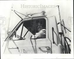 1973 Press Photo Diane Avery Female Truck Driver | Historic Images Signature Associates Need For Truckers In Ordrive The Blade Trainco Truck Driving School Inc Connects Heim Facebook A Leading Provider Of Lorry Driver And Cstruction Traing The Best 2018 Toledo Free Press October 10 2010 By Issuu Semi Kingman Az Hi Res 80407181 Taylor Mi Resource Driver Traing Lancaster Services Ltd
