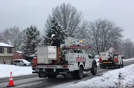 Accident Controversy Targets Comcast Service Truck | Medium Duty ... Bucket Truck Boom Trucks With Eti Service Body Used Ford F550 Shelby Nc Eti Etc35snt Ar Auctions Online Proxibid Etc37ih 2015 4x4 Custom One Source 2012 Dodge Ram 5500 4x4 Bucket Truck St City Tx North Texas Equipment 2008 Ford Sd Service Utility For Sale 10874 2013 F450 Wwwtopsimagescom 1999 Super Duty Buck Te 2014 Mercedesbenz Sprinter T5 First Look Photo Image Gallery 4x2 Sta62556 Youtube 2005 E350 Boom 11050