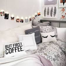 Best 25 Teen Room Decor Ideas On Pinterest For Teenage Bedroom