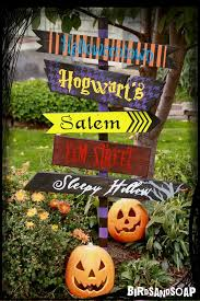 10 Best Jack O Lantern Displays U2013 The Vacation Times by 62 Best Seasonal Porch Signs Images On Pinterest Porch Signs