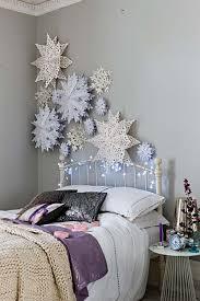 Christmas Bedroom Decorating Ideas 09 1 Kindesign