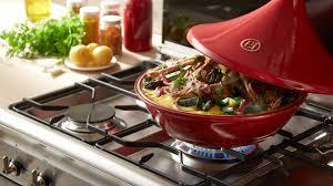 cuisiner avec un tajine en terre cuite tips émile henry