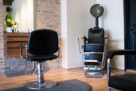 Beauty Salon Chairs Online by Hair Salons In Chicago For Hair Cuts Color And Blowouts