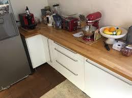 ikea komplettküche weiß mit kochinsel echtholzarbeitsplatte