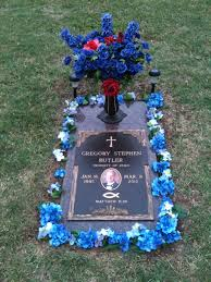 ideas for graveside decorations grave decorations ideas iron