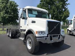 2018 VOLVO VHD64F200 FOR SALE #1159 Intertional Cab Chassis Truck For Sale 10604 Kenworth Cab Chassis Trucks In Oklahoma For Sale Used 2018 Silverado 3500hd Chevrolet Used 2009 Freightliner M2106 In New Chevy Jumps Back Into Low Forward Commercial Ford Michigan On Peterbilt 365 Ms 6778 Intertional Covington Tn Med Heavy Trucks F550 Indianapolis