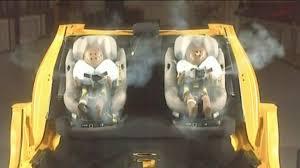 securite routiere siege auto sécurité routière un siège auto pour bébé avec airbags intégrés