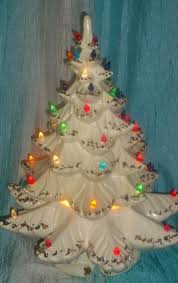 Vintage Atlantic Mold Ceramic Christmas Tree by Works Vintage Large 20 Atlantic Mold White Gold Ceramic