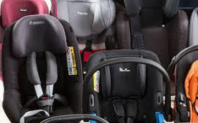 siege auto bebe a partir de quel age comment bien attacher enfant en voiture tcs suisse