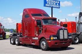 2005 KENWORTH T600 DAYCAB FOR SALE #562156