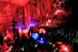 Just An Hour Away From Klayar Beach Is The Goa Gong Claimed To Be Most Gorgeous Cave In Indonesia Exploring Caves Dark Thrilling