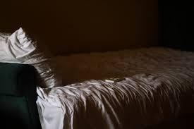 dunkel zimmer schlafzimmer kostenloses foto auf pixabay