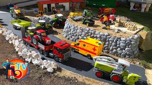 BRUDER TOYS Traktor Truck Night Driving In The City! - YouTube Cstruction Trucks For Children Learn Colors Bruder Toys Cement Bruder Tractors Claas New Holland John Deere Jcb 5cx Toys Youtube Children 02450 Cat Rolldozer Unboxing By Jack 4 Phillips Toy Garbage Truck Video 3 Videos Children And Tonka Toys Village New Road Mack Granite Dump Truck Rc Cveionfirst Load After Man Tgs Tanker 03775 Technology Of Boys 2014 Car Timber Scania Mobilbagger 0244 Excavator Site Dump Best Of Videos