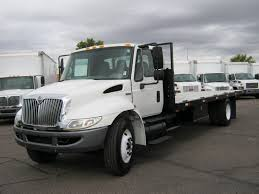 12-24 Ft. Flatbed Truck - Arizona Commercial Truck Rentals