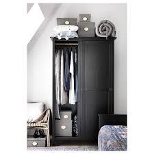 hemnes kleiderschrank mit 2 schiebetüren schwarzbraun 120x197 cm