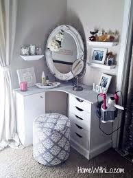 6 Ways To DIY A Makeup Vanity