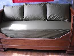 housse de coussin pour canapé coussins et housse canapé creations pelusios