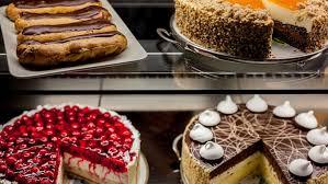 21 cafés und bäckereien in denen ihr den besten kuchen