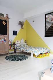 peinture chambre d enfant chez camille ameline nanelle chambre d enfant kid room yellow