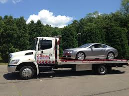 Towing | Classic Coach Works Southbury CT Complete Autobody ...