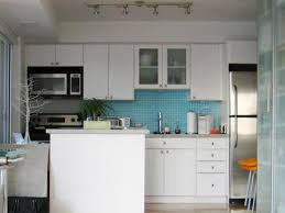 Small Apartment Kitchen Decorating Ideas
