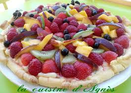 dessert aux fruits d ete tarte aux fruits d été et à la crème citron vert la cuisine d