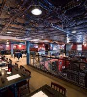 Gas Lamp Des Moines by The 10 Best Restaurants Near Pappajohn Sculpture Park Tripadvisor