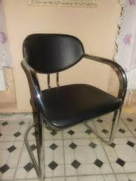 2 freischwinger stühle armlehne schwarz leder esszimmer balkon