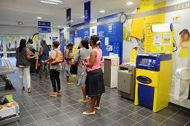 les bureaux de poste un bureau de poste moderne et introuvable abonnement
