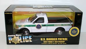 ERTL 1/18 33053 1997 FORD F-150 PICKUP US BORDER PATROL | EBay Four Ertl Diecast Model Cstruction Vehicles Case 330 Dump Truck Ertl 164 Lot Of 7 Misc Freight Trailers Semi For Parts Tractor Tomy Tow Ytown Index Assetsphotosebay Picturesertl Trucks Ford F350 Ertl Custom Lifted Ford Dually Farm Toy Us Mail 1913 Model T By Crished Life On Zibbet Vintage Shell Wheeler Tanker Toy Ardiafm Lot Of 3 Coin Banks Esso Dinky Toy Tanker Imperial