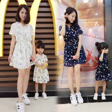 Mother Daughter Dresses 2017 New Fashion Clothing Teenage Girls Flowers Vintage Printed Dress Family Look Clothes