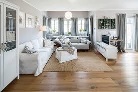 modernes nordisches wohnzimmer im bild kaufen 71230377