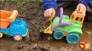 Trucks In Mud For Kids | Bellboxes - YouTube