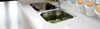 arbeitsplatte in der küche reinigen tipps tricks