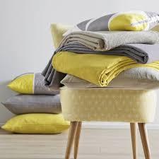 jet de canap jaune couvre lits jetés de lit jaune 3suisses
