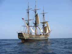 Hms Bounty Sinking 2012 by Hms Bounty A Replica Used For Movies A Victim Of Nor U0027easter