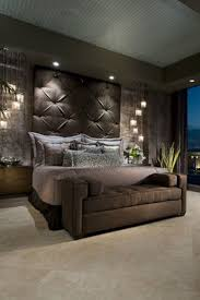 Headboard Designs For King Size Beds by Best 25 Brown Bedroom Decor Ideas On Pinterest Brown Bedroom